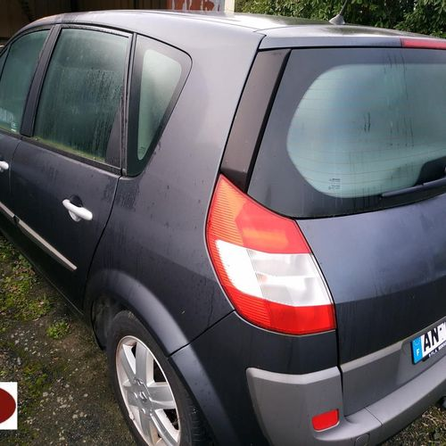 RP][ACI] 'For professionals only' RENAULT SCENIC Essence, imm. AN 133 QY, type M…