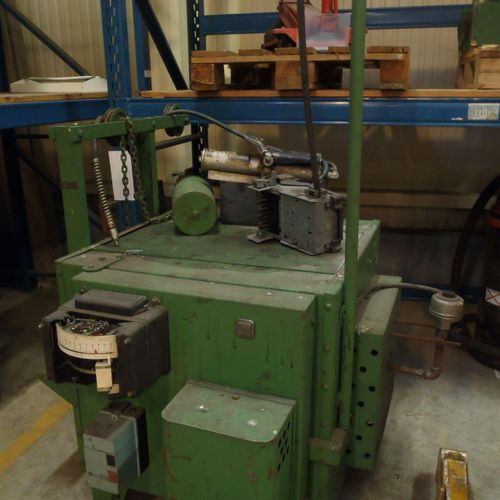1 RIPOCHE electric furnace used for melting metals, type 863 38 n° 13279, 200 kg…