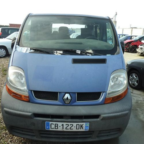 RP][ACI] 'For professionals only' . RENAULT Traffic, Diesel, imm. CB 122 DK, typ…