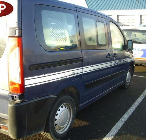 [RP] Reserved for professionals . PEUGEOT Expert Gazole, imm. CG 954 YG, type XA…