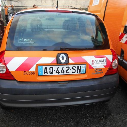 RP] Reserved for professionals: RENAULT Clio II Phase 2 1.5 dCi Hatchback 70 hp …