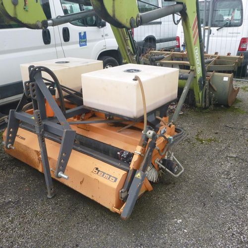 BEMA industrial sweeper, type 1500 Schlepper, three point linkage. Service provi…