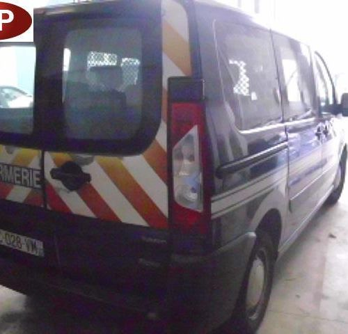 RP] Reserved for professionals: PEUGEOT EXPERT TEEPEE Diesel, imm. BC 028 VM, ty…