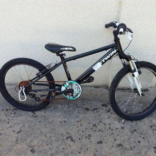 MTB bitwin child; MTB child Top Bike 50. Service remittance : COMMUNE CARQUEFOU …