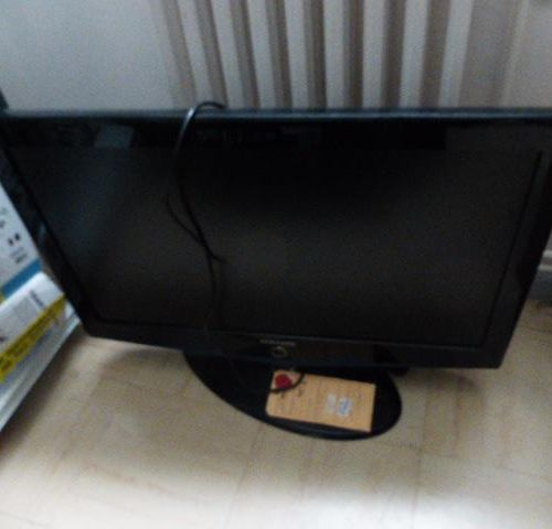 TV Samsung 80 cm, serial number AEMC3SELB02159T. Place of deposit: MAGASIN DOMAN…