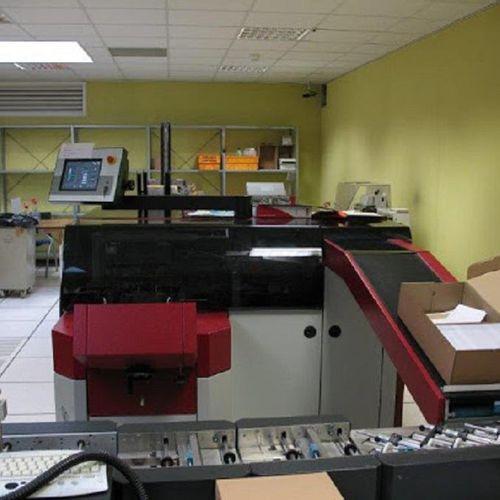 A KERN 2500 inserting machine consisting of: Folding module fSHOU E PROM sequenc…