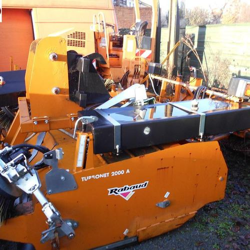 RP] Reserved for professionals: SCRUBBER SCRUBBING MACHINE TURBONET 200A FRONTAL…