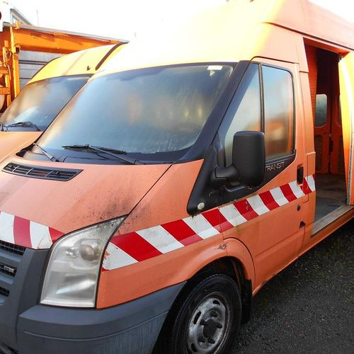 RP] Reserved for professionals: FORD Transit traction 2.2 TDCi Van 110hp Diesel,…