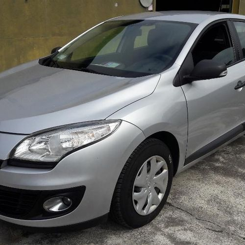 RP] Reserved for professionals: RENAULT MEGANE AUTHENTIQUE 1.5 DCI 110 FAP Diese…