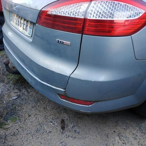 [RP] [ACI] Reserved for professionals: FORD MONDEO Break Diesel, imm. AY 266 ER,…