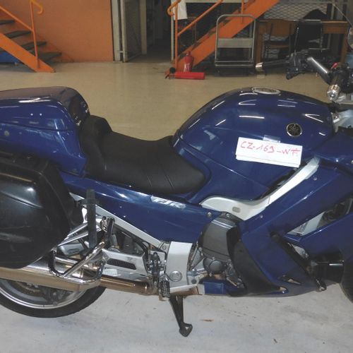Motocyclette YAMAHA 1300 FJR Essence, imm. CZ 169 WT, type LYM1AN40P478, n° de s…