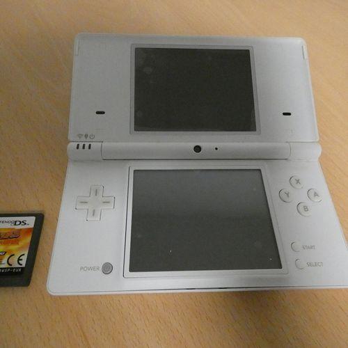 [RP]  LOT DE JEUX VIDÉO NINTENDO   Nintendo Switch et 4 jeux  Nintendo DS bl…