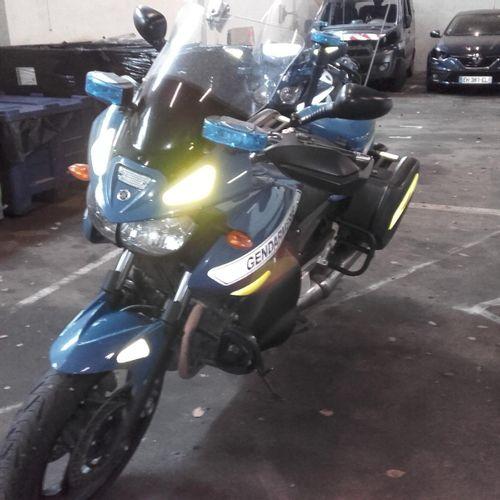 Motocyclette YAMAHA TDM 900, Essence, imm. DQ 775 WT, n° de série JYARN184000010…