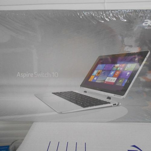 1 tablette ACer Aspire Switch10 dans son emballage. Lieu de dépôt : MAGASIN DOMA…