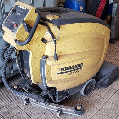 KARCHER BR55/60Wpour nettoyage des sols grande surface. Batterie à remplacer.  …