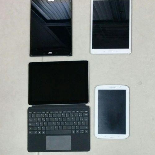 [RP] Set of 9 shelves : Microsoft, SAMSUNG Galaxy Note GT N5110, SAMSUNG Galaxy …