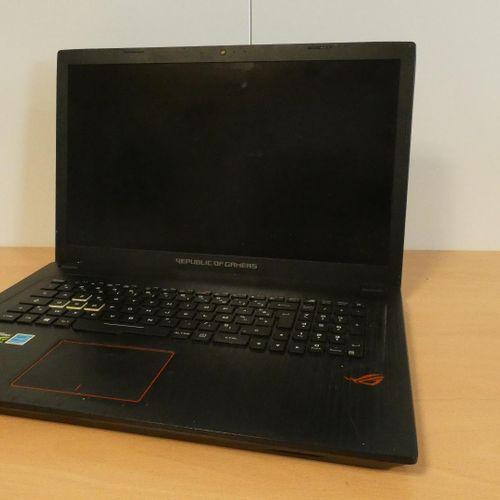 [RP] Lot of 5 laptops : APPLE MacBook Air (2018), Model A1932 EMC 3184, 13', Cor…