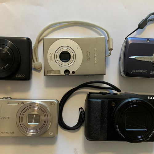 Pack of 7 digital cameras: CANON SX30IS, SONY CyberShot DSC H300, 20.1 Mp SONY C…