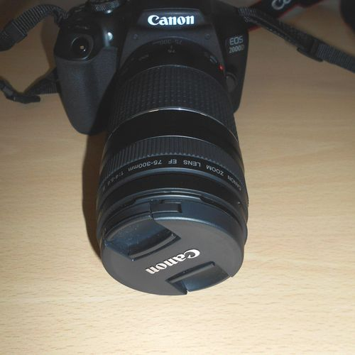 Camera CANON EOS 2000D, lens CANON zoom lens 75 300 mm, sold zoom CANON 18 55 mm…