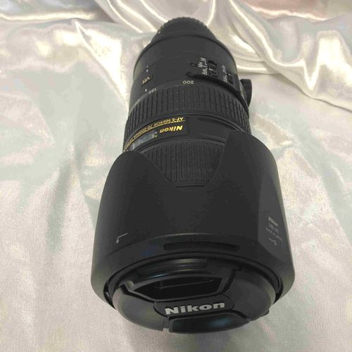 AF S Nikkor lens NIKON AF S Nikkor lens 70 200mm f/2.8G ED VR II, with cover and…