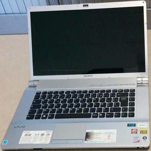 Laptop computer SONY VAIO VGN FW21M (2007), model PCG 3D1M, Intel Core 2 Duo P86…