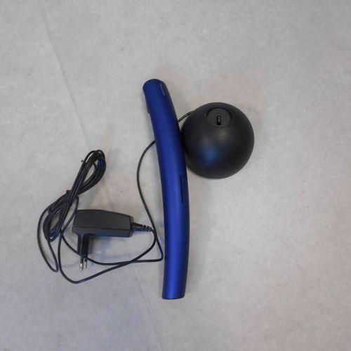 Téléphone Bang & Olufsen, modèleBeoCom2, avec base. Lieu de dépôt : MAGASIN DOMA…