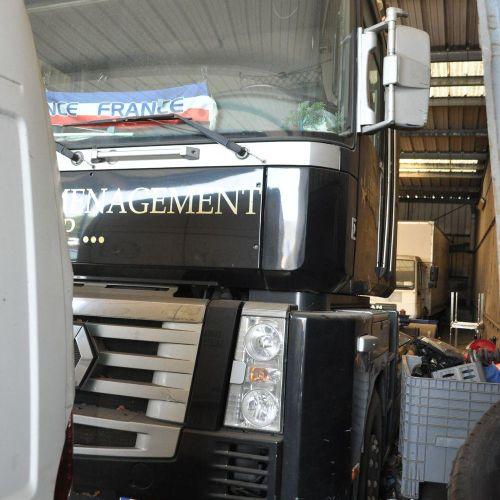 [RP][ACI]  Ensemble PL comprenant :  Tracteur routier RENAULT Magnum 500DXiGa…
