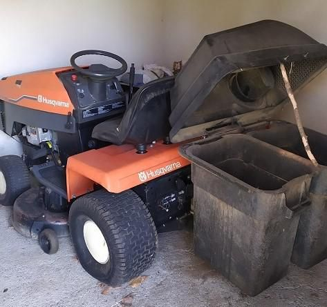 Tracteur tondeuse autoporté HUSQVARNA HTY 180 Hydro sans clé. Vendu en l'état. L…