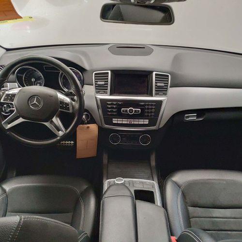 [RP][ACI] Lot réservé aux professionnels de l'automobile. MERCEDES Classe M 3.0 …
