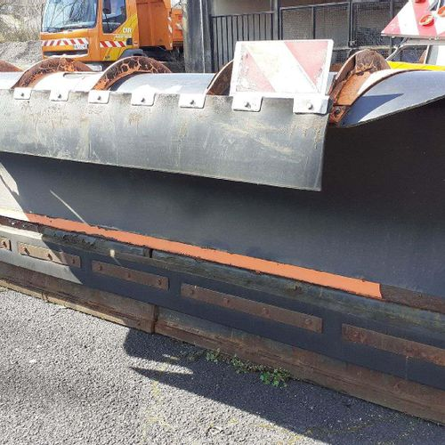 [RP] Lot reserved for professionals. ARVEL snow plough. TYPE: MN34. Serial numbe…