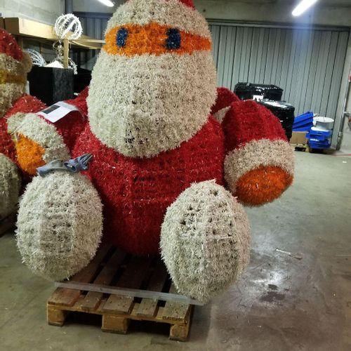 Santa Claus BLACHERE sitting 3D LED, 2012 Dim:Haut environ 2.30m X l 2m Removal …