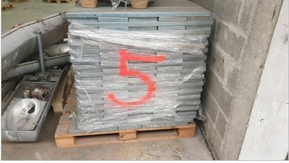 Étagères métalliques Colisage palette : 1m X 1m X 1m Enlèvement à la charge de l…