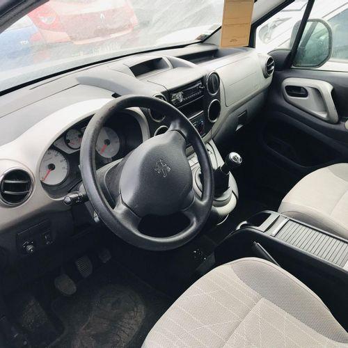 [RP][ACI] Lot reserved for car professionals. PEUGEOT Partner 1.6 HDI, Gazole, i…