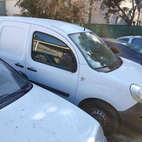 [RP] Lot réservé aux professionnels de l'automobile. RENAULT Kangoo, Gazole, imm…
