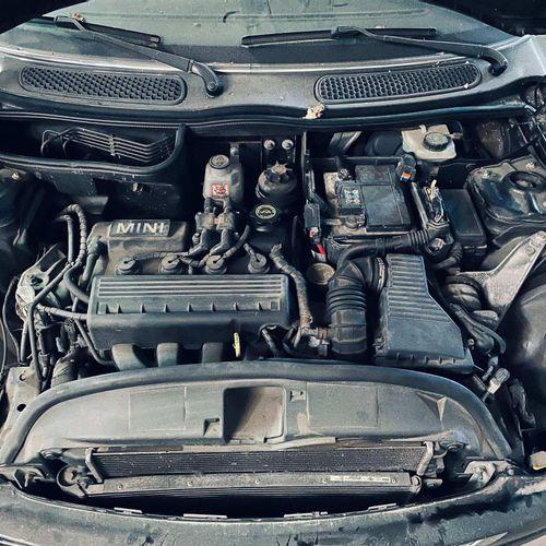 [RP][ACI] Lot réservé aux professionnels de l'automobile. MINI Austin 1.6I, Esse…