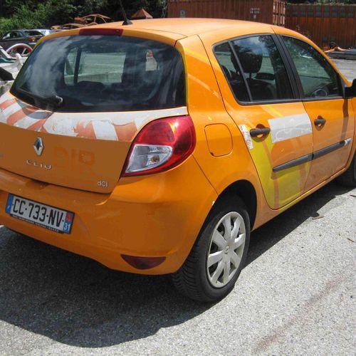 [RP] Lot réservé aux professionnels de l'automobile. RENAULT Clio III Ph 2 1.5 d…