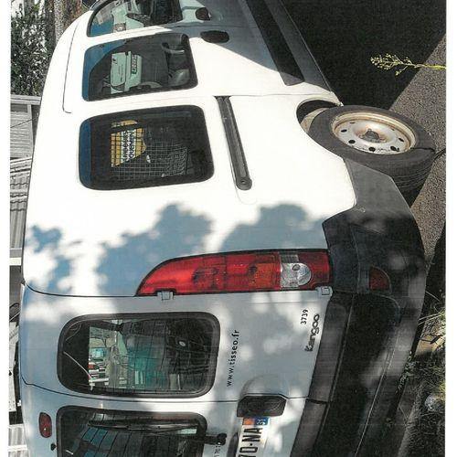 [RP] Lot réservé aux professionnels de l'automobile. RENAULT Kangoo Express I Fo…
