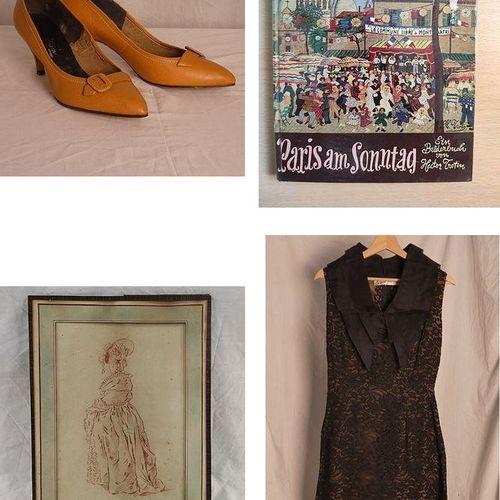Important lot de vêtements, chaussures, dessins, peintures et éléments de décora…