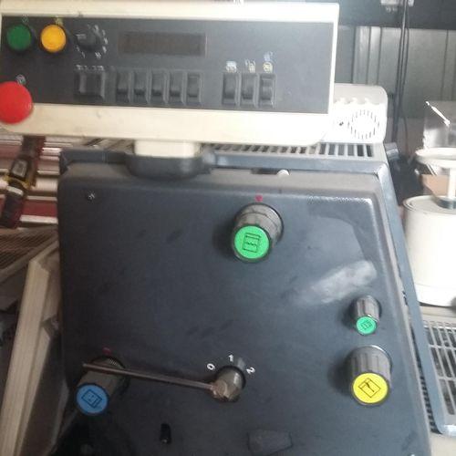 [RP] Lot réservé aux professionnels. Imprimante Industrielle Offset 411 CD pour …
