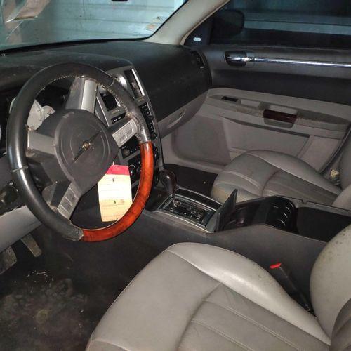 [RP] Lot réservé aux professionnels de l'automobile. CHRYSLER 300C Touring 3.0 C…
