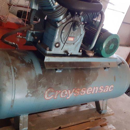 [RP] Lot réservé aux professionnels. Compresseur CREYSSENSAC 465 L. Type 350354 …