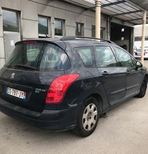 [RP] Lot réservé aux professionnels de l'automobile . PEUGEOT 308 1.6 HDi, Gazol…