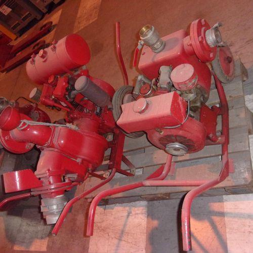 Batch including 2 old exhaustion motor pumps of GUINAR brand, Bernard engine. Eq…