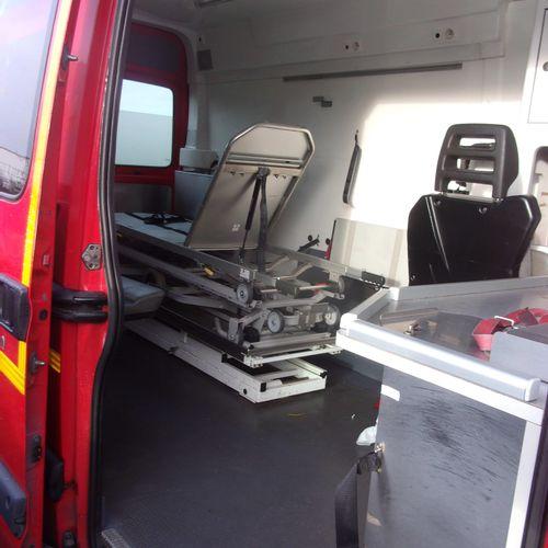 CT] RENAULT MASTER II 2.5 DCI 120 HP, 3 seats, Diesel, imm. 344 DBG 59, type FDC…