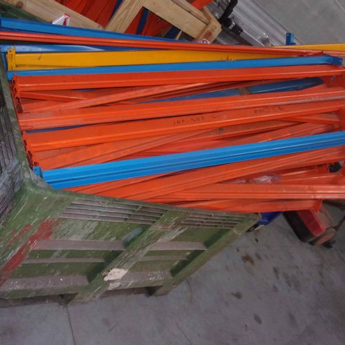 Batch of rails and spacers for industrial shelving, various sizes (rails: 0.80 m…
