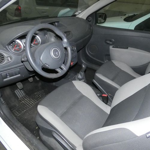 RP] [ PRO RESERVE ] RENAULT CLIO III 1.5 DCI 75 HP, 2 seats, Diesel, imm. BZ 916…
