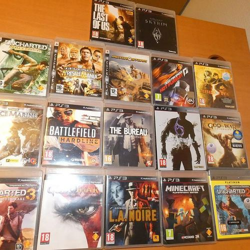 Pack of 17 SONY PS3 games: Uncharted 3, Minecraft, Need for Speed, Resident Evil…