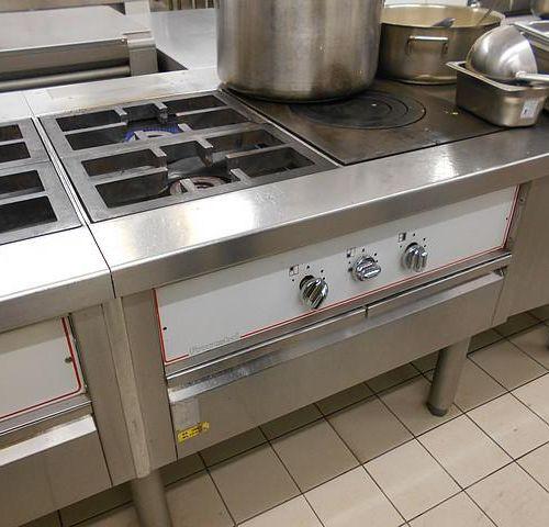 RP] [ RESERVE PRO ] FRANSTAL kitchen stove, approximate dimensions: 1.50 m x 1.2…