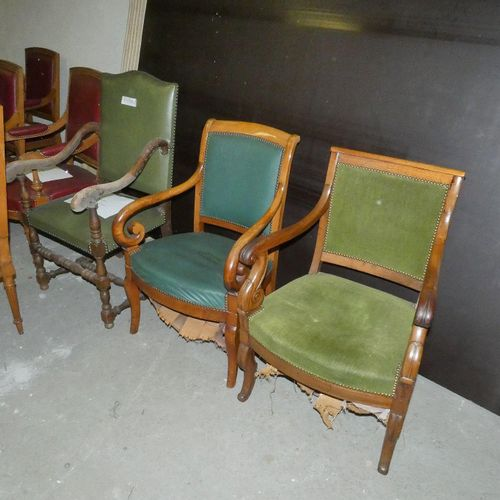Set includes 8 armchairs and 1 chair: 2 Louis XIII style armchairs in green fabr…