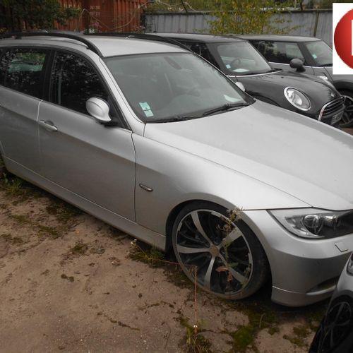 [RP][ACI]  [Réservé Professionnels] BMW 330d touring Gazole, imm. WW 514 GB (an…